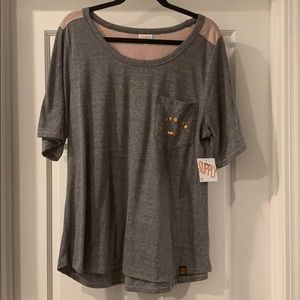 Gray and rose colored Lularoe supply cropped shirt